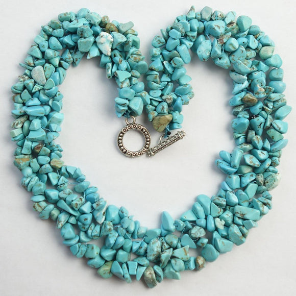Gorgeous Charming Beautiful Blue Turquoise Chips Necklace 17.5 inch HXX888