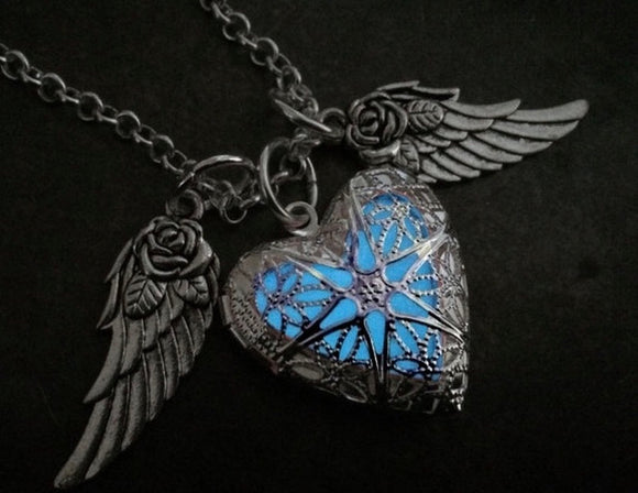 4 Colors To Choose ~ Fashion Woman Jewelry Flying Heart Glow Locket with Rose Wings Magic Glow in the Dark Jewelry Necklace - The Rogue's Clothes