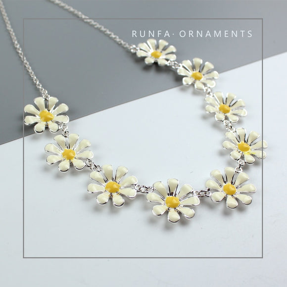 Fashion Charming White Flower Choker Necklace New Stylish Small Daisy Necklace Jewelry Accessory Gift for Women 43CM Long