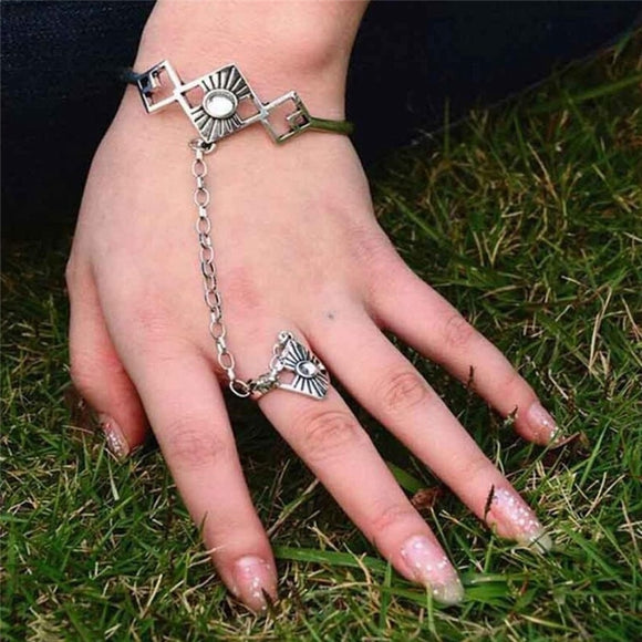 PINKSEE Vintage Silver Chain Finger Bracelet Pulseras Bohemian Beach Charm Hand Chain Slave Bracelet Bangle for Women