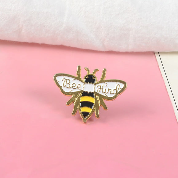 Be kind bee enamel pin Hard-working Collecting honey brooches Kindness insect Lapel pins badges Shirt backpack jewelry gift pins