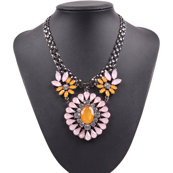 Fashion 2019 New  Cheap Resin Crystal Pendant Gunblack Chain Necklace Party Jewelry for Women Brand Autumn Jewelry