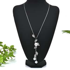 2019 Autumn Winter  Pearl Flower Necklaces for Women Silver Color Chain Long Sweater Necklace Pendant Jewelry Accessories