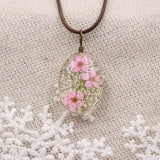 Handmade Round Shaped Real Dried Flowers Pendant Necklaces Copper Plated Alloy Wax Rope Herbarium Necklaces For Women Jewelry