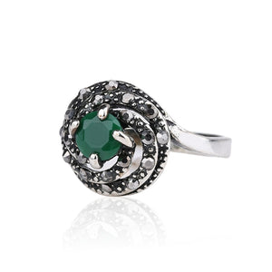 Engagement Ring Silver Color Jewelry Vintage Bohemia Green Gem Rings For Women Wholesale Jewellery Mix Lots Fashion 2017