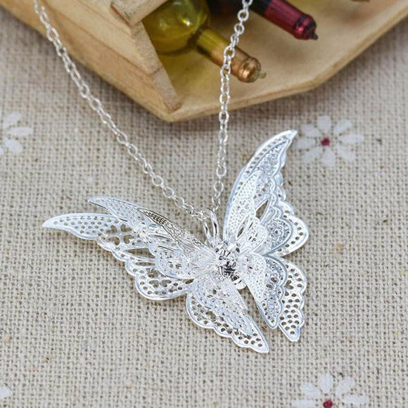 Women Lovely Butterfly Pendant Chain Necklace Jewelry