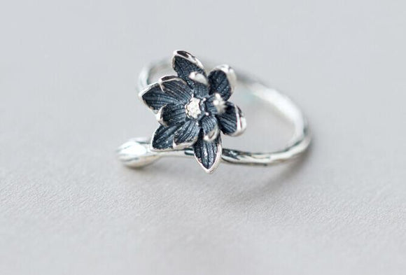 Oly2u 2018 Lotus Flower Ring For Women Retro Style Ring Flower Adjustable Open Lady Silver Wedding Rings Jewelry SYJZ077