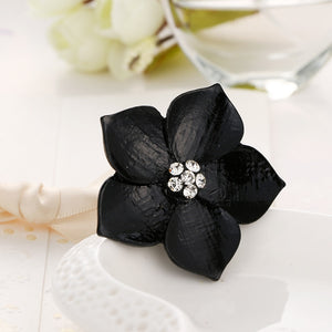2018 NoEnName_Null's Fashionable new fashionable female extremely simple black evil spirit flower ring is female wedding banquet - The Rogue's Clothes