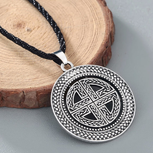 CHENGXUN Celtic Knot Pendant Viking Shield Cross Necklace Men Jewelry Norse Amulet Protection Collier for Best Friends