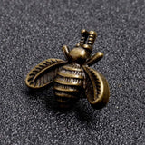 Classic Metal Lapel Pin Male Suit Accessory Animal Insect Ladybug Bee Elk Unisex Collar Fashion Jewelry Brooch