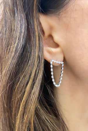 Bar loop earring - Millo Jewelry