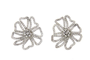 PAVÉ FLOWER EARRINGS