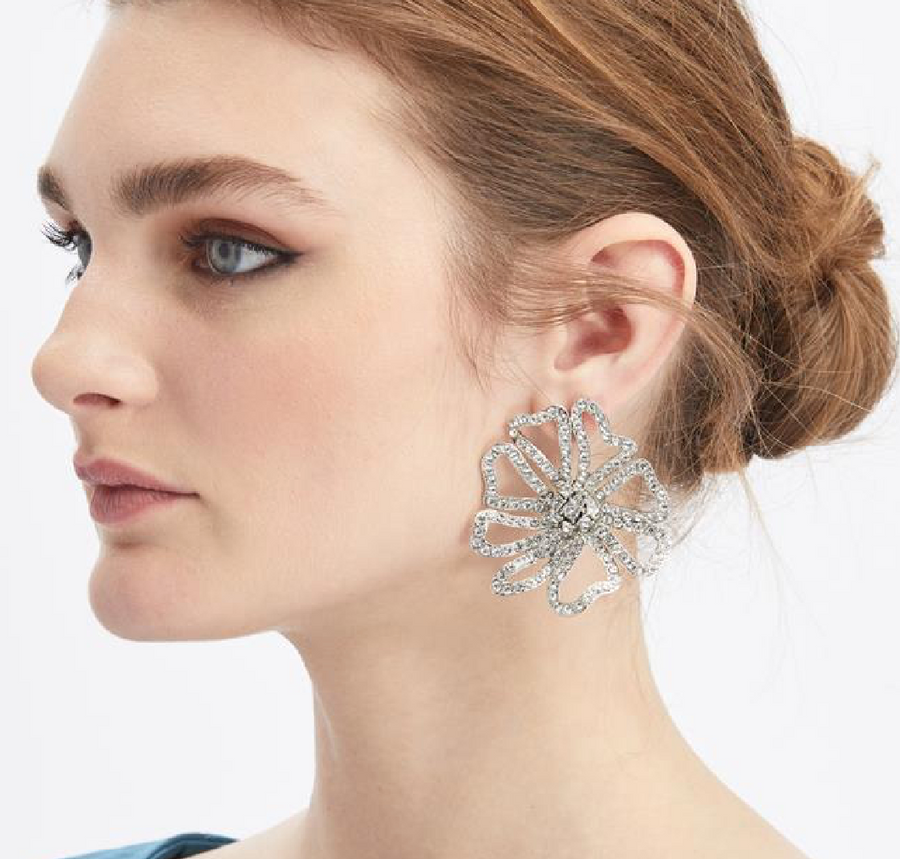 PAVÉ FLOWER EARRINGS - Millo Jewelry