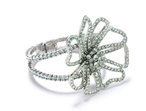 PAVÉ FLOWER BRACELET - Millo Jewelry