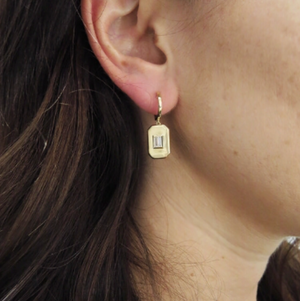 ESSENTIAL BAGUETTE DROP EARRINGS