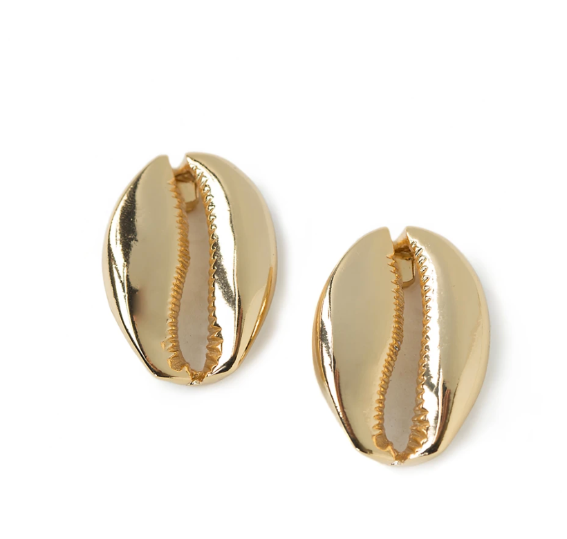 MEGA PUKA SHELL EARRINGS IN GOLD