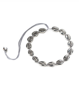 LARGE PUKA SHELL NECKLACE IN SILVER - Millo Jewelry