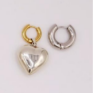 BO-74 Mismatched Silver Heart Earrings - Millo Jewelry