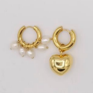 BO-23 Mismatched Gold and Pearl Earrings