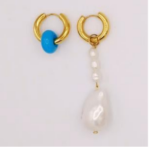 BO-70 Mismatched Hanging Pearl and Blue Earrings