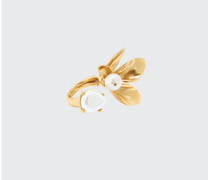 Pearly Flower Ring - Millo Jewelry