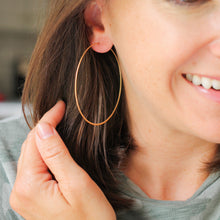 Load image into Gallery viewer, Gold Featherweight Hoops