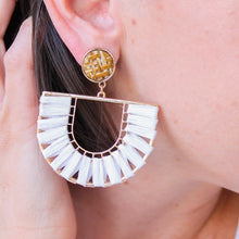 Load image into Gallery viewer, White Woven Raffia Earrings