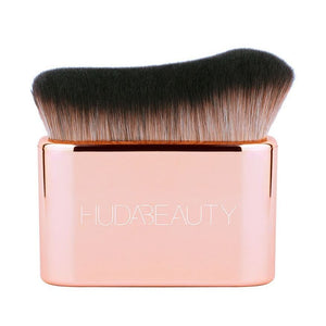 HUDA BEAUTY - N.Y.M.P.H. BODY BLUR & GLOW  BRUSH