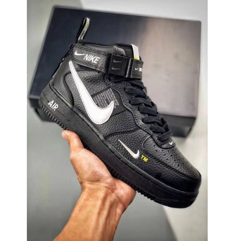 נעלי נייק NIKE AIR FORCE לנשים וגברים