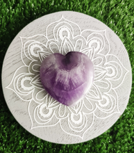Load image into Gallery viewer, Gemstone Flat Puff Heart - Chevron Amethyst S3