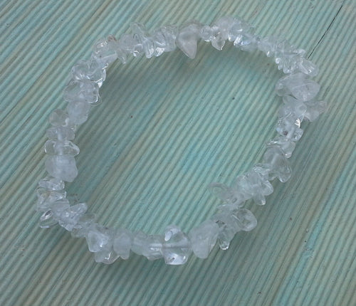 Clear Crystal Quartz Gemstone Chips Bracelet