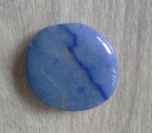 Load image into Gallery viewer, Crystal - Flat Palmstones - Blue Quartz S3