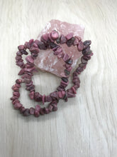 Load image into Gallery viewer, Pink Muscovite Gemstone Chips Bracelet