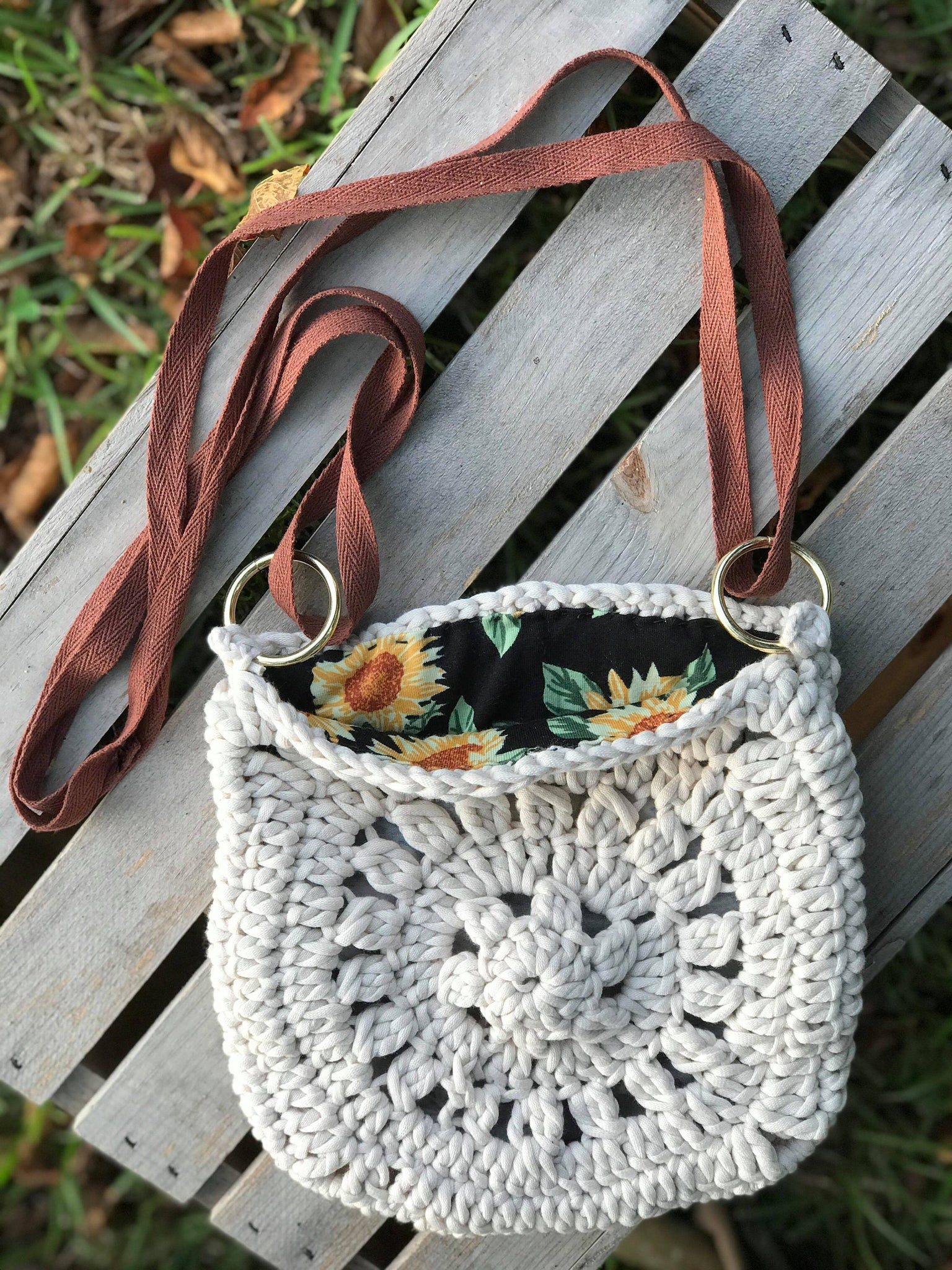 Fabric Lined Sunflower Purse