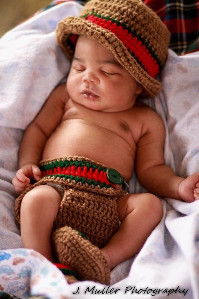 Gucci Inspired Baby Bucket Hat Outfit – Crochet me this 92426fa80bf