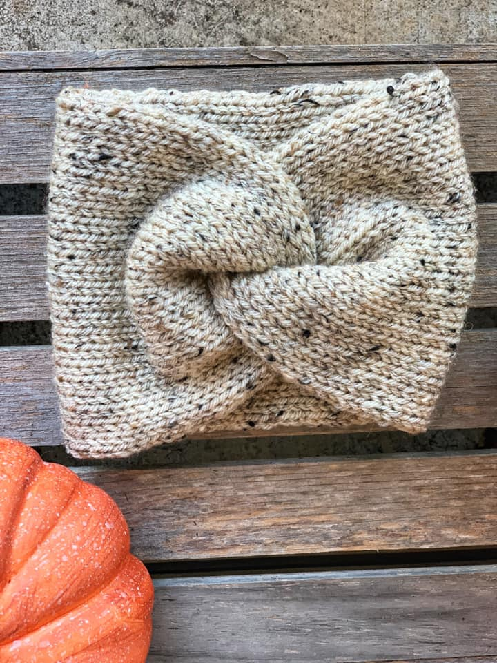 Oatmeal  knit twisted  adult  Headband