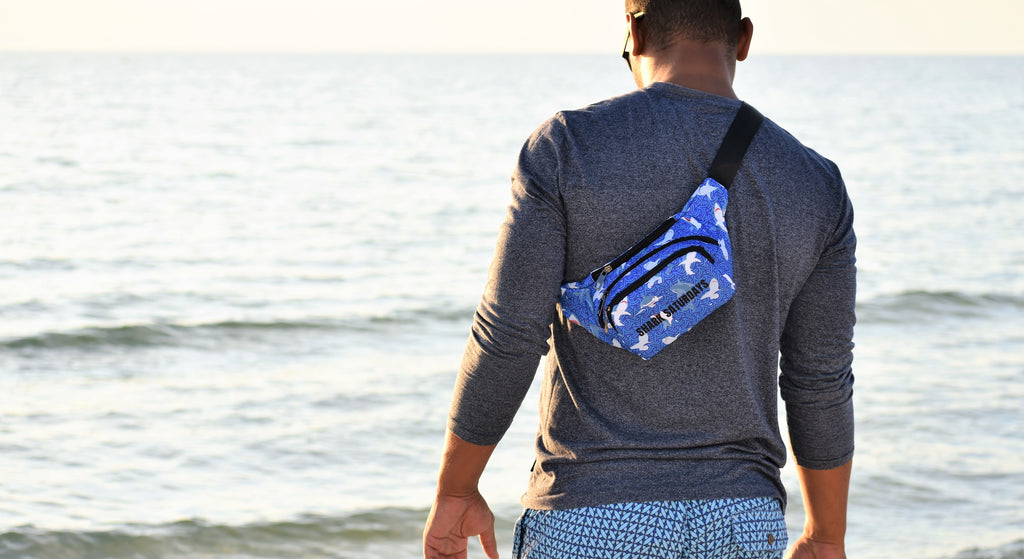The-Official-Retro-Bag-Shop-Shark-Saturdays-Beach-Model