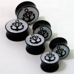 Logo Black/White Ear Gauges