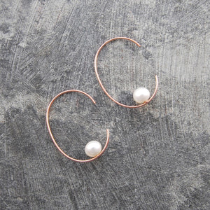 Rose Gold Oval Pearl Hoop Earrings
