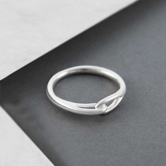 Loop Contemporary Silver Ring
