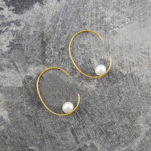 Gold Oval Pearl Hoop Earrings