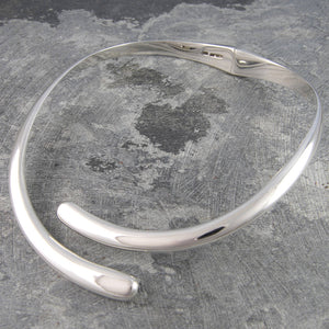 Overlapping Solid Sterling Silver Choker Necklace