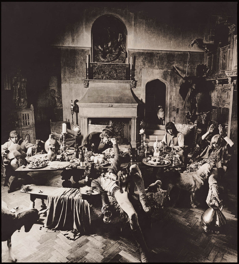 Beggars Banquet 1968 Smokey Stones On Grass