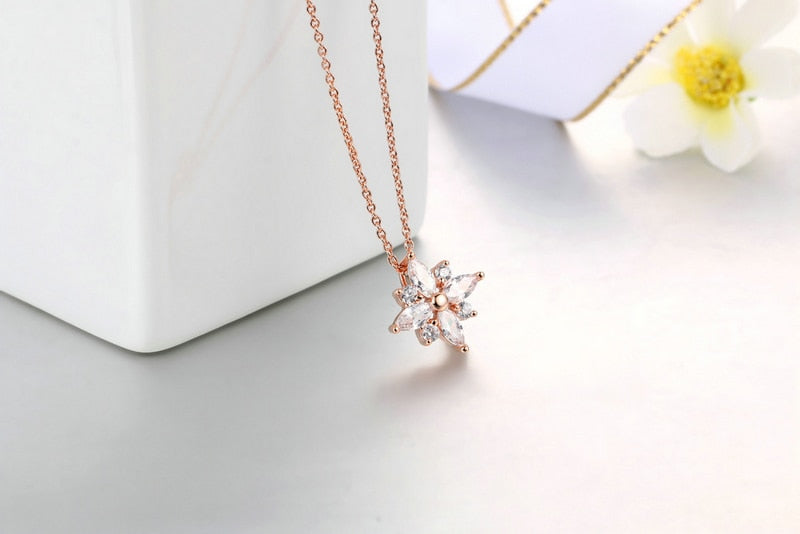 Snowflake Necklace - Dress Mist