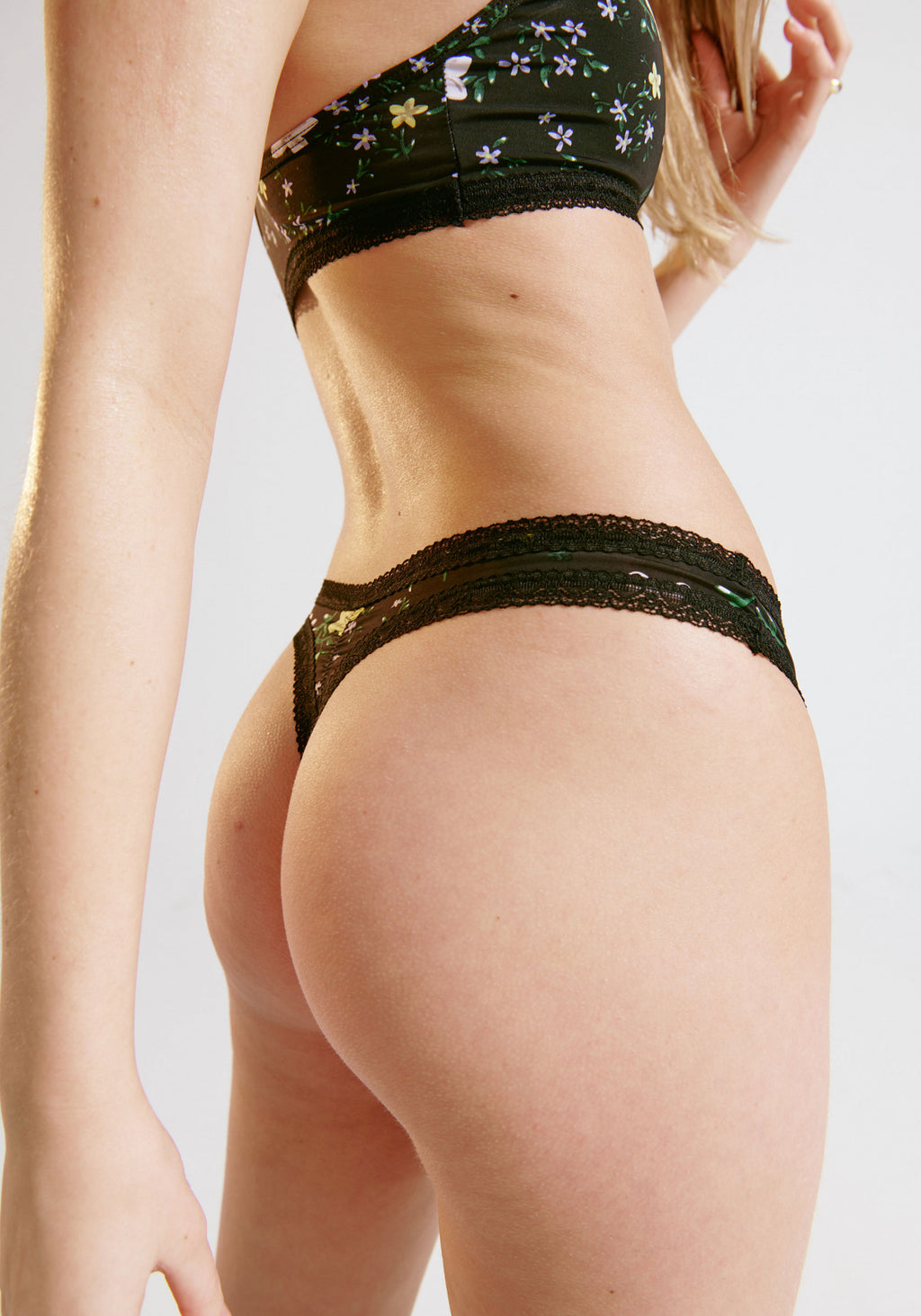 Micro Lace Trim Thong | Meadow