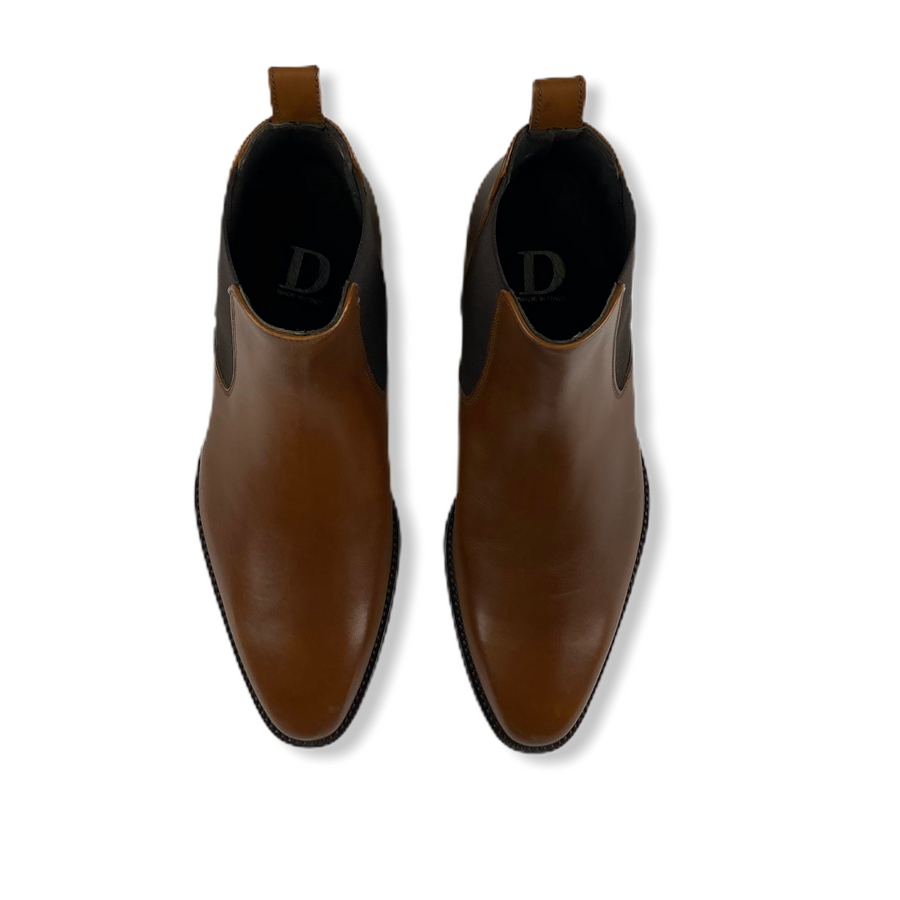 HANDMADE CHELSEA BROGUE BOOTS IN TAN CALF LEATHER