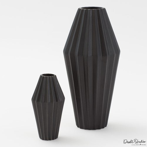 Milos Vase-Matte Black Large and Small