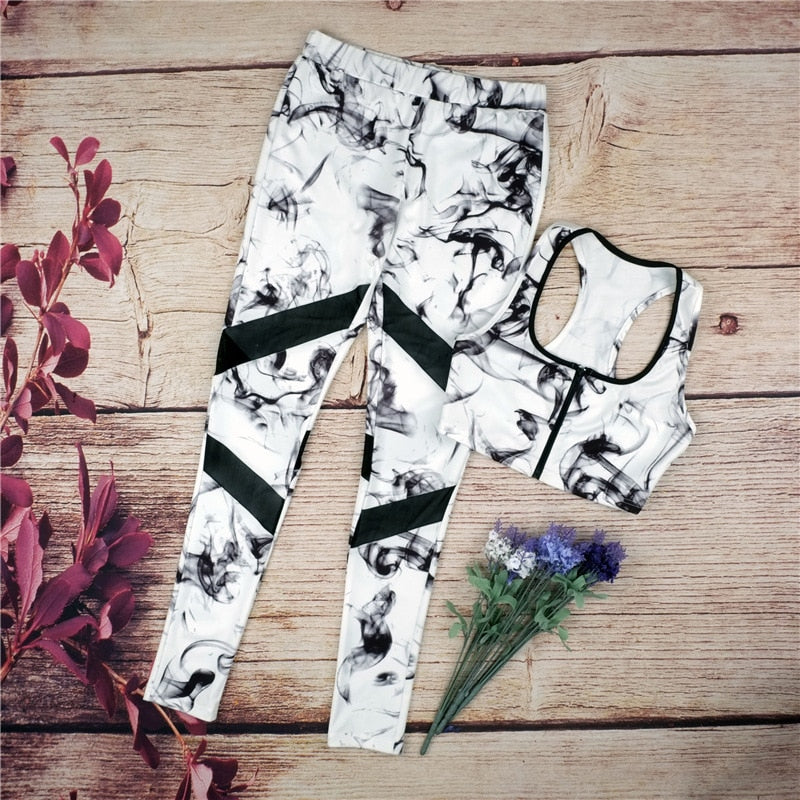 4ca0205bef4f9 Yoga Set Sports Suit Gym Tracksuit Splice Running Set Bra and Leggings  Vintage Sports Clothing Hot Sale Floral Printed Women