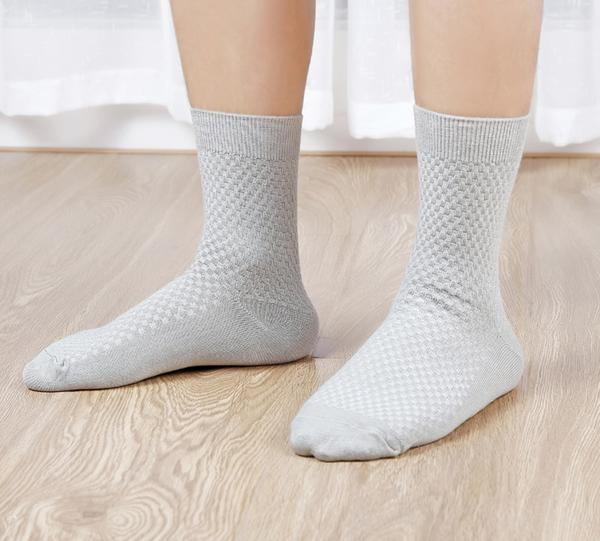 Stink-Proof Bamboo Socks