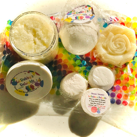 White SOOTHE Spa gift set including Treasure Bath Bomb, Shower Steamers, Sugar Scrub AND Lotion Bar with FREE shipping.